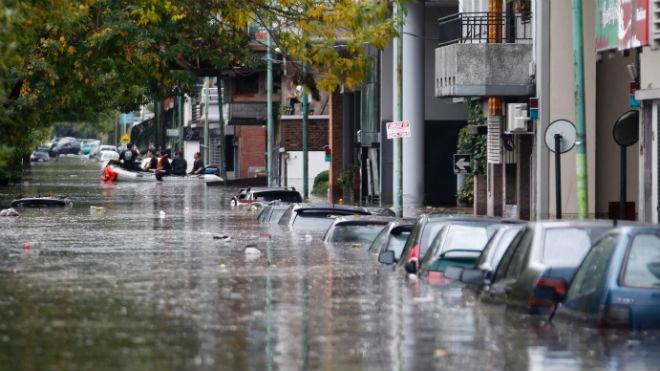 Улица под водой