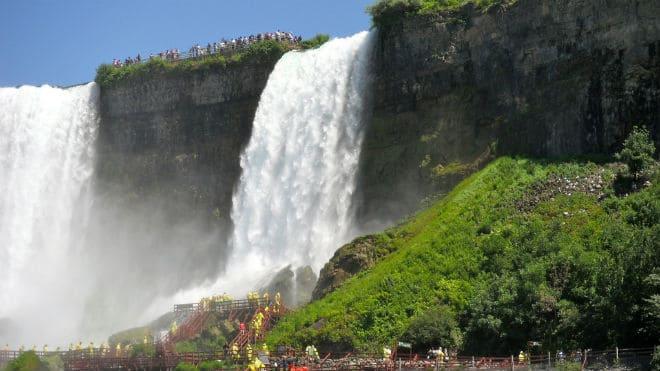 Фата - самый маленький водопад из комплекса Ниагары