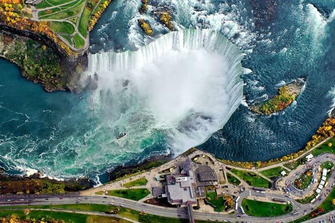 Ниагарский водопад с высоты
