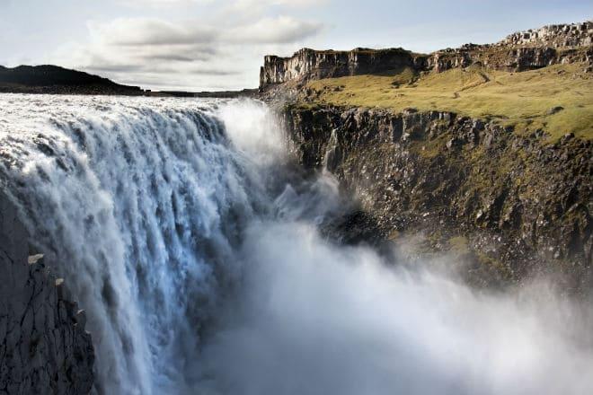 Самый мощный водопад в Европе - Детифосс