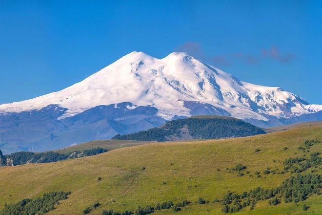 Вершины горы Эльбрус