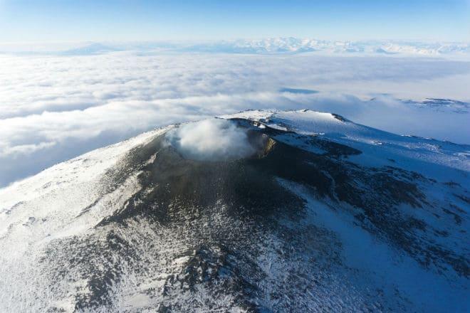 Жерло вулкана Эребус в Антарктиде
