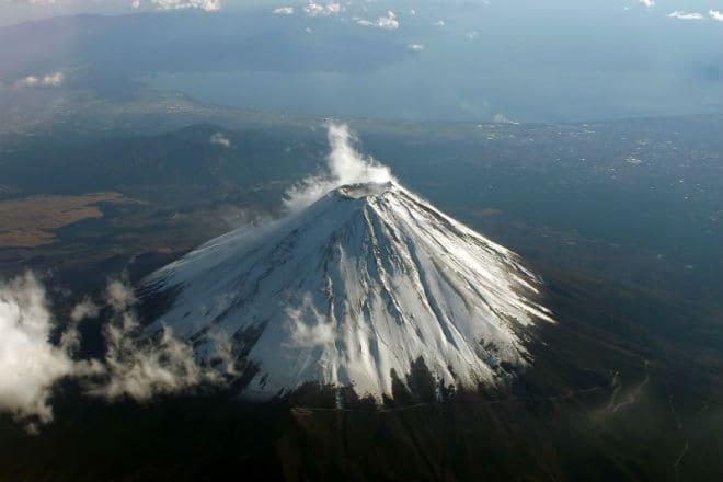 Вулкан Фудзияма с высоты
