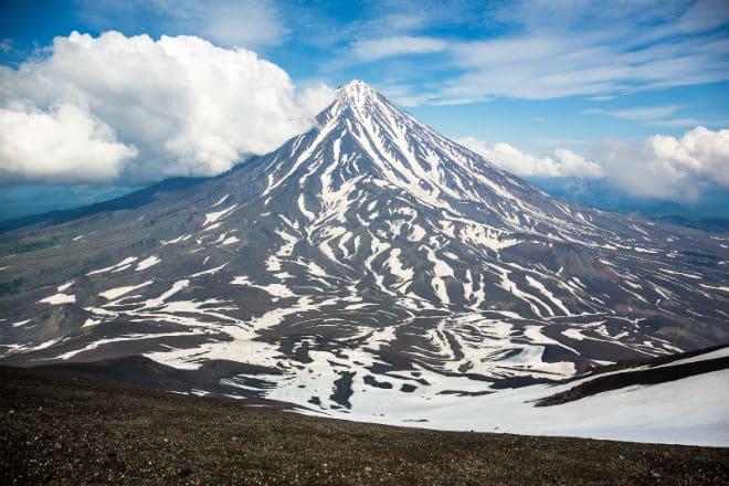 Вулкан Авачинская Сопка на Камчатке