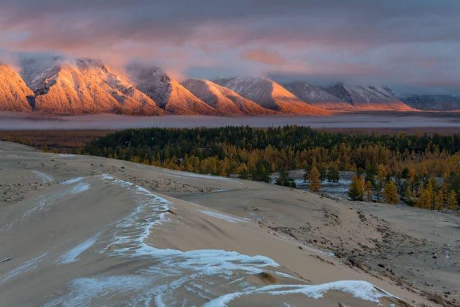 Урочище Чарские пески в Забайкалье