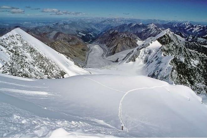 Вид с вершины горы Белуха