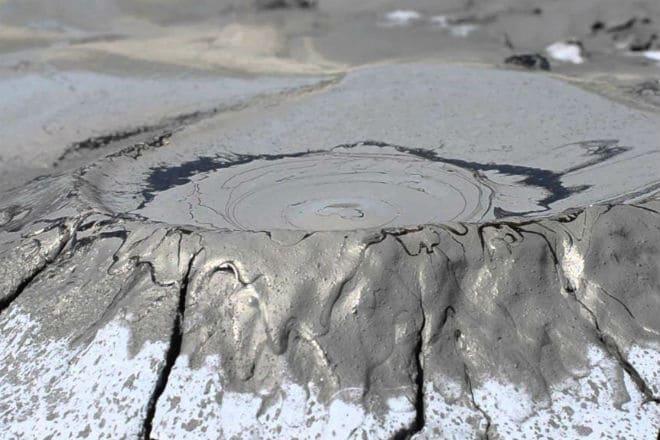 Грязевой вулкан Тиздар в Краснодарском крае