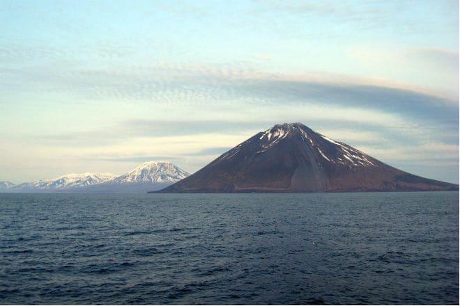 Как выглядит вулкан Тятя?